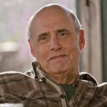 Bent: Jeffrey Tambor in un primo piano dall'episodio pilota