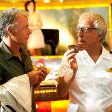Benvenuto a bordo: Franck Dubosc e Gérard Darmon in una scena del film