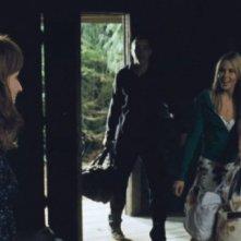 The Cabin in the Woods: Anna Hutchison, Chris Hemsworth e Kristen Connolly  in una scena del film
