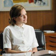 Elisabeth Moss nell'episodio Tea Leaves della quinta stagione di Mad Men