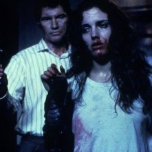 Hellraiser: Ashley Laurence e Andrew Robinson in una scena