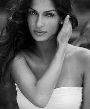Tonia Sotiropoulou: una bella foto dell'attrice