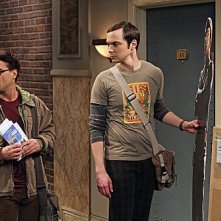 The Big Bang Theory: Jim Parsons e Johnny Galecki nell'episodio The Recombination Hypothesis