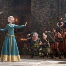 Brave - Coraggiosa e ribelle: Merida insieme a King Fergus in una scena del film