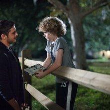 Ho cercato il tuo nome: Zac Efron insieme al piccolo Riley Thomas Stewart in una scena del film