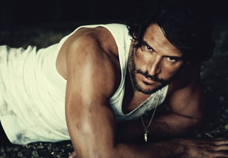 Joe Manganiello sul magazine Out
