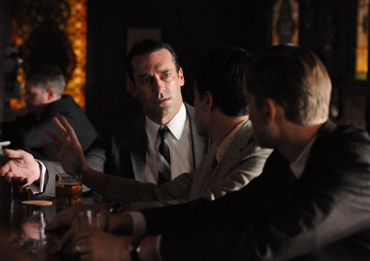 Jon Hamm Ben Feldman E Aaron Staton Nell Episodio Mystery Date Della Quinta Stagione Di Mad Men 237066