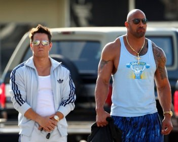 Mark Wahlberg e Dwayne Johnson sul set di Pain and Gain