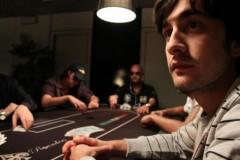 Gianluca Mingotto vede e rilancia con la sua Poker Generation