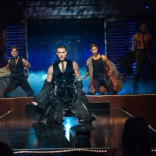 Channing Tatum e Matt Bomer in azione durante uno spogliarello in Magic Mike