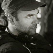 Workers - Pronti a tutto: il regista Lorenzo Vignolo sul set del film