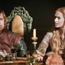 Game of Thrones: Peter Dinklage e Lena Headey nell'episodio The Night Lands