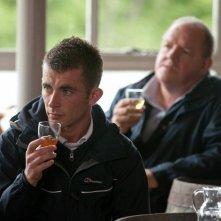 The Angels' Share: John Henshaw e Paul Brannigan in un'immagine del film