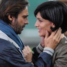 100 metri dal paradiso: Giulia Bevilacqua e Jordi Mollà in un momento di tenerezza tratto dal film