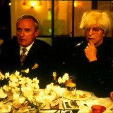 Hopper: In His Own Words, una scena del film in cui Dennis Hopper è insieme a Andy Warhol in Basquiat