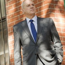 Person of Interest: Alan Dale nell'episodio Foe