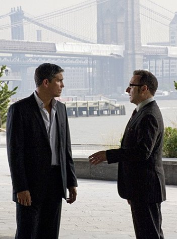 Person of Interest: James Caviezel e Michael Emerson nell'episodio Witness