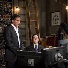 Person of Interest: Michael Emerson e James Caviezel in una scena dell'episodio Legacy