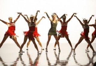 Glee: Heather Morris e le Cheerios in una scena dell'episodio Addio, Whitney
