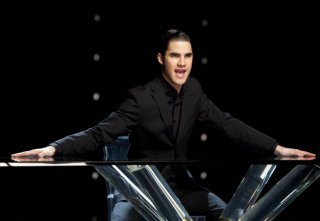 Glee: Darren Criss nell'episodio Dance with Somebody