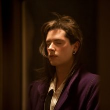 Laurence Anyways: Melvil Poupaud in una scena del film