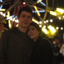 Awake: Dylan Minnette e Daniela Bobadilla nell'episodio Say Hello to My Little Friend