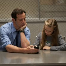 Awake: Jason Isaacs e Brighid Fleming nell'episodio Ricky's Tacos