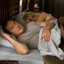Awake: Jason Isaacs e Laura Allen nell'episodio Game Day