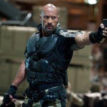 G.I. Joe: La vendetta: Dwayne Johnson in una scena d'azione del film