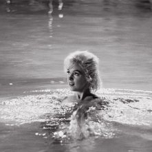 Una splendida Marilyn Monroe in una sequenza di Something's Got to Give, il suo ultimo film