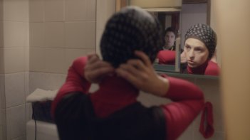 Djeca (Children of Sarajevo), Marija Pikic in una scena tratta dal film
