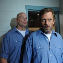 Dr House: Hugh Laurie nell'episodio Twenty Vicodin