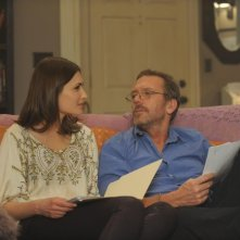 Dr House: Karolina Wydra e Hugh Laurie nell'episodio We Need the Eggs