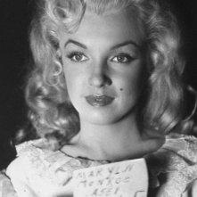 Marilyn Monroe durante la lavorazione de La figlia dello sceriffo (1950)