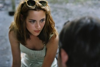On the Road: Kristen Stewart in una scena del film nei panni di Marylou