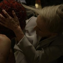 Holy Motors: Edith Scob in un'inquietante scena del film