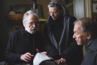 Amour: il regista Michael Haneke sul set insieme ad Emmanuelle Riva e Jean-Louis Trintignant