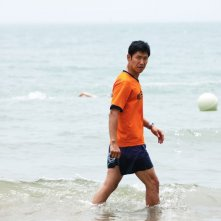 In Another Country: Jun-sang Yu in mare in una scena del film