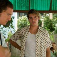 The Paperboy: Matthew McConaughey e Zac Efron in una scena del film