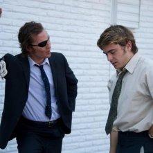 The Paperboy: Matthew McConaughey insieme a Zac Efron in una scena del film