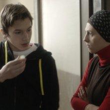 Djeca: Marija Pikic con Ismir Gagula in una scena tratta dal film
