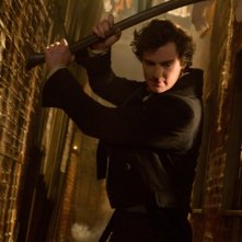 La leggenda del cacciatore di vampiri: Benjamin Walker in una scena del film