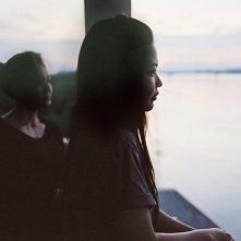 Mekong Hotel: le protagoniste Jenjira Pongpas e Maiyatan Techaparn in una scena del film
