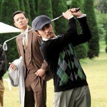 Dangerous Liasons: Dong-kun Jang durante una partita di golf in una scena del film