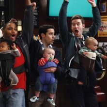 Jesse Bradford, Zach Cregger e Anthony Anderson in una scena di Guys with Kids