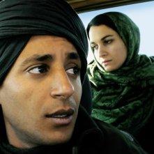 Le Repenti: Nabil Asli insieme ad Adila Bendimered in una scena del film