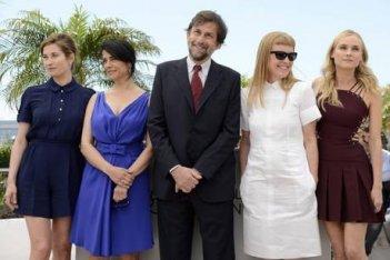 Cannes 2012: il presidente della giuria Nanni Moretti, con gli altri giurati