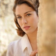 Miel de naranjas: la bella Blanca Suárez in una scena