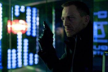 007 - Skyfall: il tenebroso Daniel Craig in una scena del film