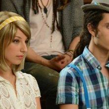 Vanessa Lengies e Samuel Larsen in una scena dell'episodio Props della serie tv Glee